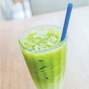 Recept voor het maken van matcha iced latte